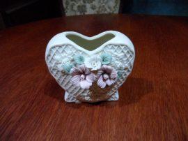 Porcelán váza, tolltartó, szív alakú, 10x8x5 cm, 235gr, Trade House Denmark Design 43488