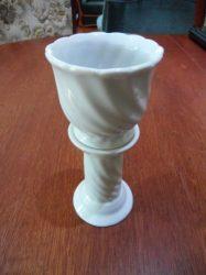 Porcelán álló gyertyatartó, levehető csészével, 7,5x18 cm, 330 gr