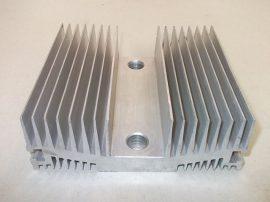 Hűtőborda, alumínium, 165x150x57 mm, 2700 cm²
