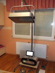 Fényterápiás és kozmetikai készülék, polarizált fény, kompletten, 12x8 lámpás, érintőképernyős, VIP Italia Compact HI-LINE FOUR