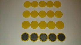 Táblamágnes, hűtőmágnes, tartómágnes, sárga, 100db/csomag, 32mm átmérő, 6mm vastag, (hansawerke) bruttó 50.-Ft/db. irodai mágnes, Stroncium-Ferrit korong mágnes