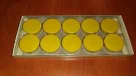 Táblamágnes, hűtőmágnes, tartómágnes, sárga, 10db/doboz, 38mm átmérő, 12mm vastag, hansawerke 7538-04, erős, síkra merőleges húzóerő 2,5kg, bruttó 200.-Ft/db.