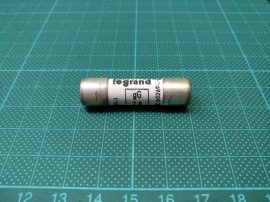 Biztosíték 10,3x38 mm, 2A 500VAC, Legrand 13302, gG/gI 2A