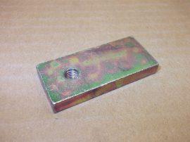 Fém szerkezeti elem, 22x50x6mm, M6 menettel,
