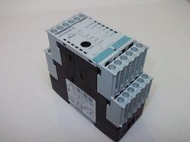 PLC vezérlés AS-i modul, programozható I/O relé, 4 digitális bemenet, 4 szilárdtestrelés kimenet, 20-30VDC, Siemens 3RK1402-3CE01-0AA2
