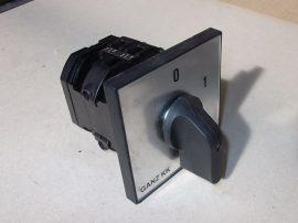 Kapcsoló, kézikapcsoló, előlapra szerelhető, 690VAC 80A, 25kW, Ganz KK KK2-80-6002