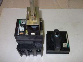 Kapcsoló, főkapcsoló komplett, lemezajtóba beépíthető, 3 pólusú, 660VAC 63A, Merlin Gerin C101N