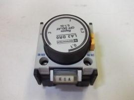 Időrelé mágneskapcsolóra 0,1-3,0sec Telemecanique LA3 DR0