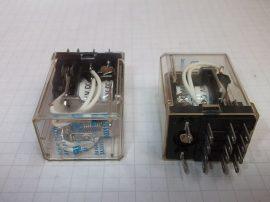 Relé 24VDC 5A 250VAC 4 pólusú váltóérintkezős HC4-H-DC24V AP3242K NAIS