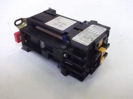 Mágneskapcsoló 24VDC, 4 pólusú, 10A Telemecanique CA2 DN240-A65