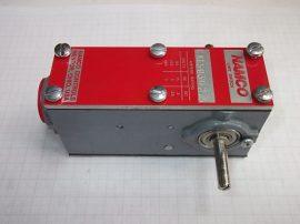 Végállás kapcsoló, szintkapcsoló, fordulat jeladó 2 pólusú (1xNO 1xNC), NAMCO EA150-30275