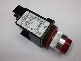 Jelzőlámpa, kontroll lámpa piros, izzóval, 110/120 VAC, Allen-Bradley 800MR-P16S D