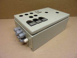 Elektromos kötődoboz fém, sorkapcsokkal