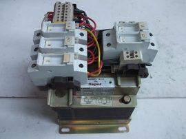 Transzformátor + Biztosítékok 1~ 220/380VAC 2x110 VAC Legrand 42626 630VA, ABT7PDU063G