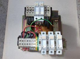 Transzformátor + Biztosítékok 1~ 230/400VAC, 2x115 VAC Legrand 42627 1000VA, ABT7PDU100G
