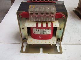 Transzformátor, leválasztó 1 fázisú, pri:230-400VAC sec:24-48VAC, 250VA, Legrand 42684